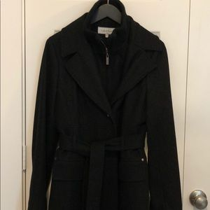 Great short coat.  Warm and classic style.